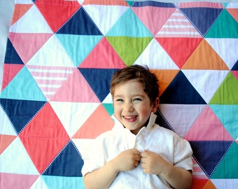 Organic Baby Quilt- Modern Baby Quilt- Geometric Triangles - Organic Baby Bedding, Personalized Baby Gift