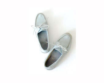 Vintage light blue SPERRY // Sperrys top siders // boat shoes // lace up shoes // light blue shoes // size 8 1/2 // white laces // summer