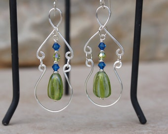 Green Earrings, Wire wrap earrings, Swarovski crystal earrings, Dangle earrings