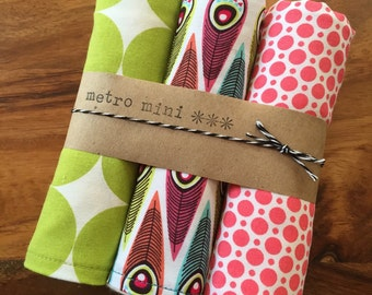 Burp cloths feather polka dot - set of 3 - cotton with flannel backing