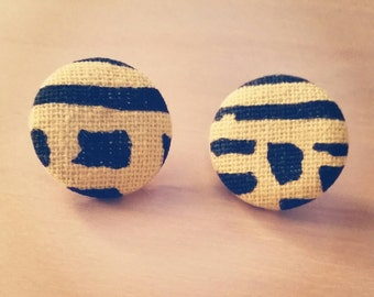 Fabric Covered Button Earrings, Queen Bee (Studs, Accessories)