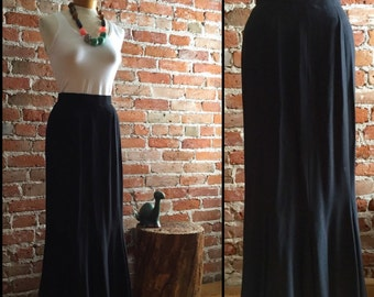 Women's Vintage Maxi Length Black Skirt with Flare Bottom
