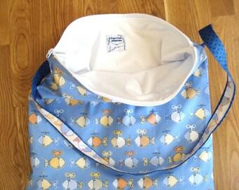 Wet Bag, Waterproof Bag, Beach Bag, Cloth Diaper Wet Bag, Baby Shower Gift, Zipper Beach Bag, Diaper Bag, Water resistant bag, Swim bag, PUL