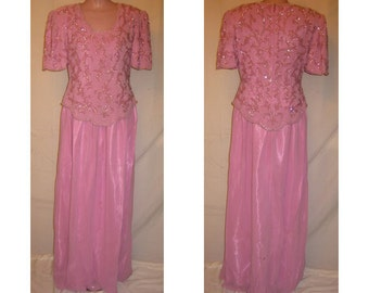 Short sleeve pink gown