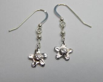 Solid Silver Daisy Drop Earrings