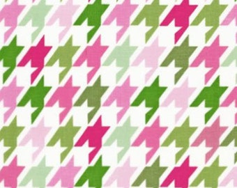 Remix Garden Houndstooth by Anne Kelle for Robert Kaufman - Pink &Green 1 yard