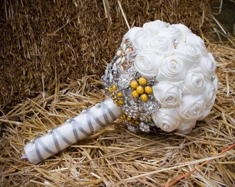 Bridal brooch boquet