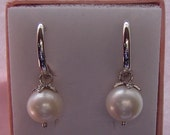 925 Natural Freshwater pearl earrings