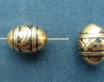 Vintage antique gold plated egg shaped bead, 25 x 18mm, Quantity 2 (B-13)