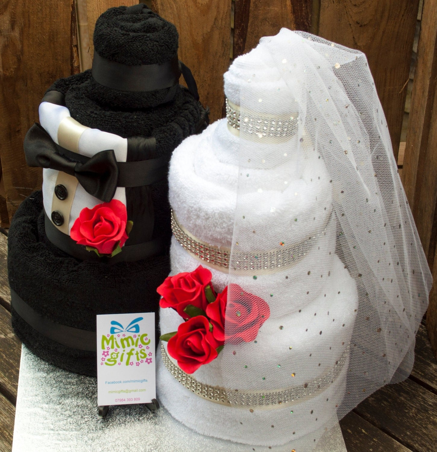 Wedding Shower Gift Ideas For Groom : Wedding gift towel cake bride & groom. Full set by MimicGifts