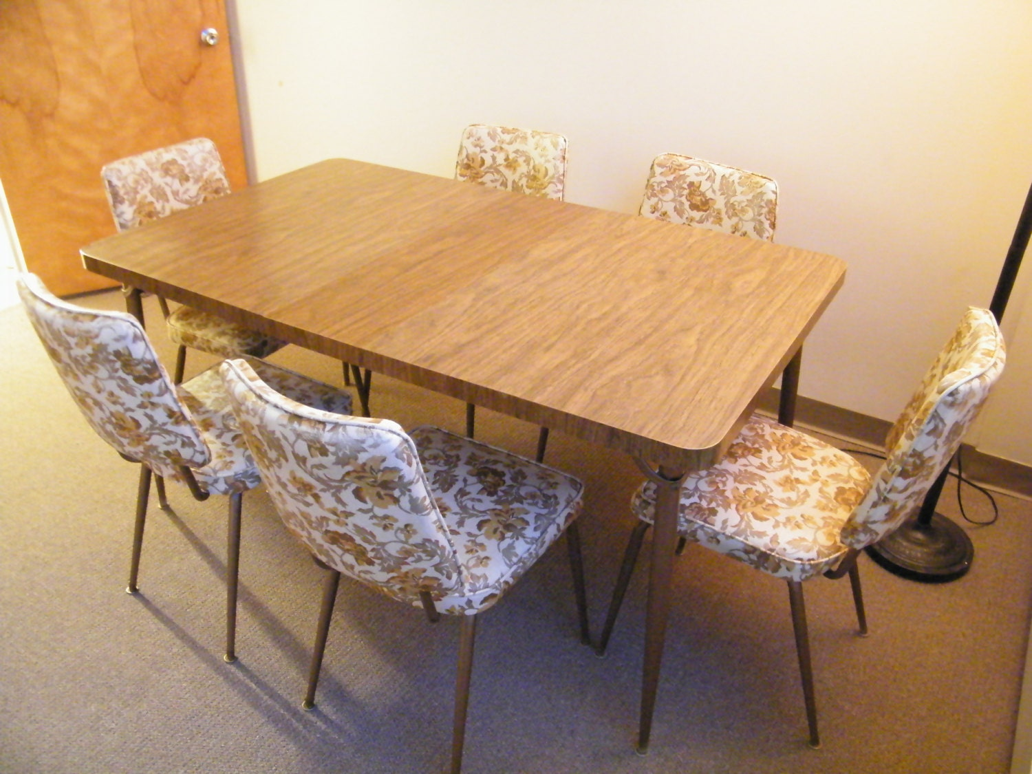 Vintage Mid Century Formica Faux Wood Kitchen Table Dinette Set Leaf With 6 Floral Print