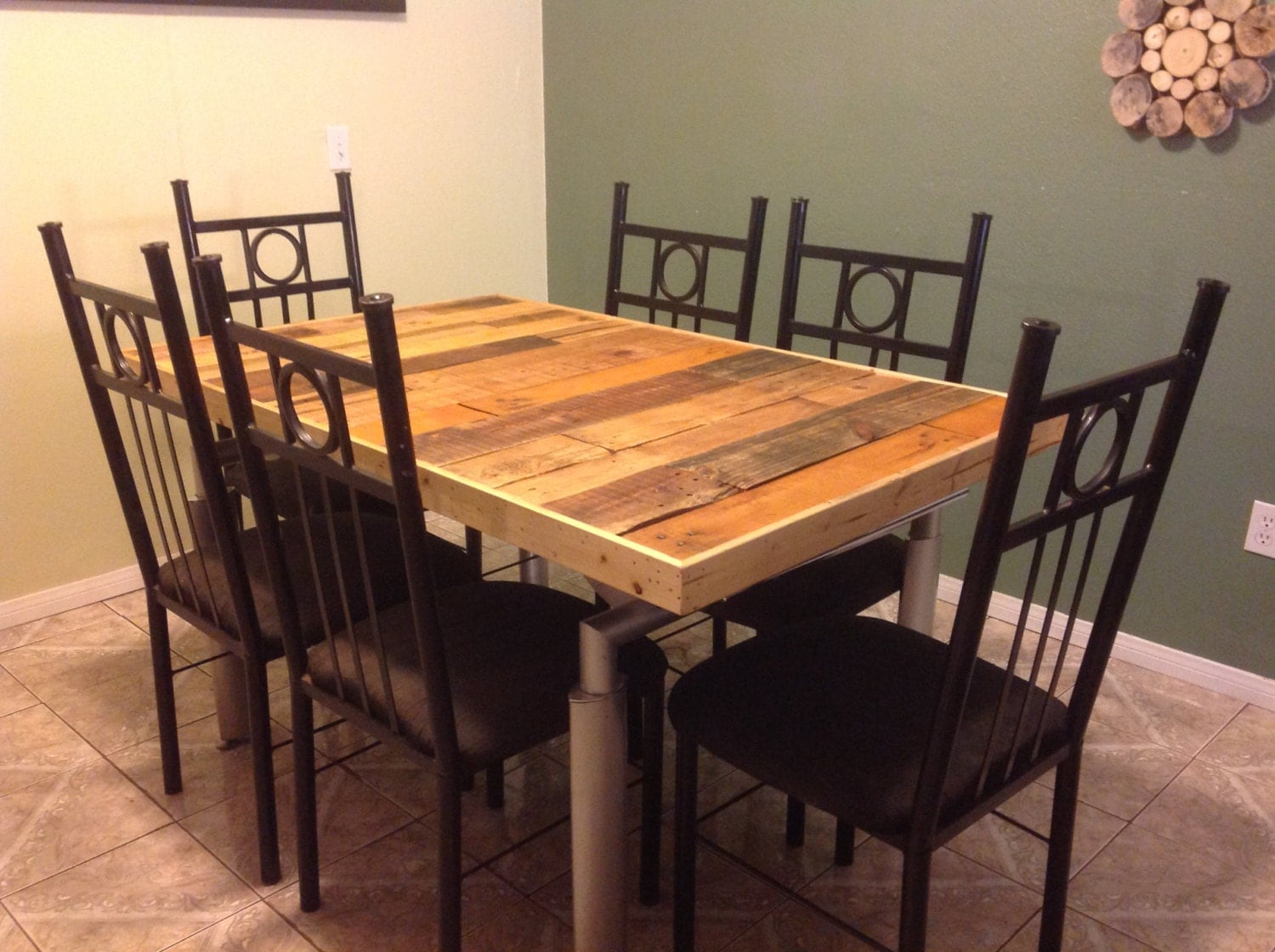 gorgeous rustic farm table kitchen dining pallet reclaimed. Black Bedroom Furniture Sets. Home Design Ideas
