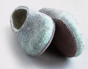 Felted slippers, women home shoes -  Grey/White