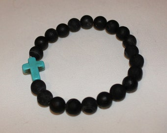 Beaded bracelet with turquoise cross