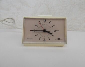 Vintage alarm clock, table clock West Germany Remington white eggshell space age atomic Mid-Century 1978