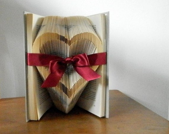 Bridal shower favor - Gift for book lovers - Romantic gift ...