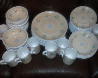 41 pc set of Hand Painted Dinnerware by Caleca of Italy