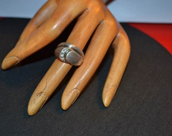 Vintage sterling silver ring -400 with zirgon size 6