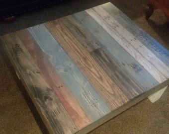 Reclaimed wood coffee table - Farmhouse coffee table - rustic table - rustic furniture
