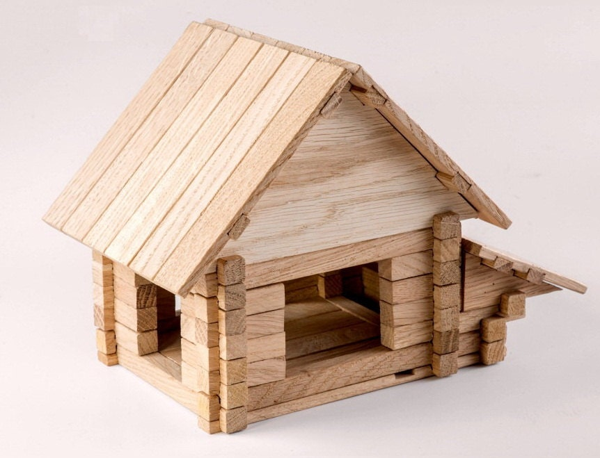 Building Wooden Toys : Construction set house in building log blocks