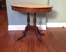 Antique table mahogany pedestal table/hall table/entryway table/side table/pedestal table/claw feet