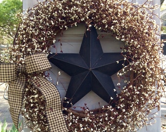 Extra Large Patriotic Wreath with Burgundy and Cream Berries and Black Center Barn Star,Americana Wreath,4th of July Wreath,Primitive Wreath