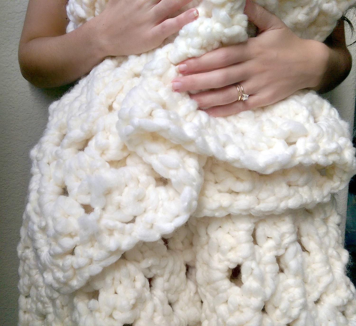 Knit Blanket Pattern Super Bulky : Chunky Wool Blanket Super Bulky Granny Square by TheSnugglery