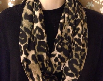 Soft, lightweight infinity scarf