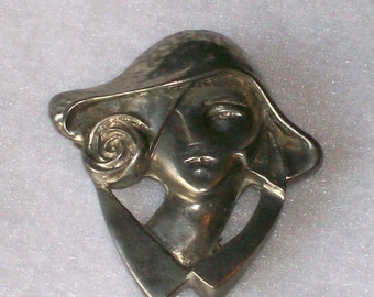 Vintage Pewter Lady in Hat Art Deco Style Brooch Pin