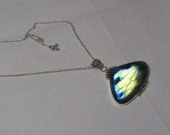 Labradorite pendant - Natural Flashy Color Pendant Hearts shape Pendant