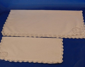 Tea and Dinner Napkins, Six of Each, Lace Edged Cotton.