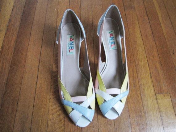80&39s Heels size 10 / Pastel Kitten Heels / Made in by AEIOUshoppe
