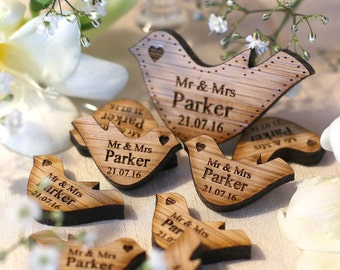Personalised Wedding Decor Wooden Oak Mr & Mrs Love Heart Doves Wedding Table Decoration Favour