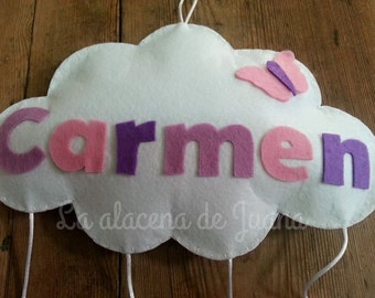 Cloud felt with the name of the baby gift or decoration