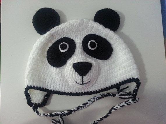 Items similar to Gorro crochet oso panda de lana on Etsy