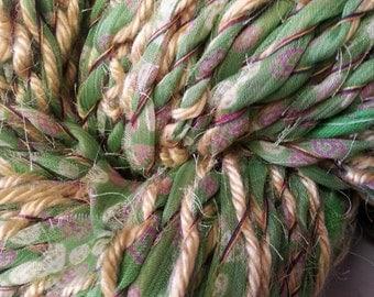 Sari Yarn 110 yards 6wpi 4 ply (Inchworm)
