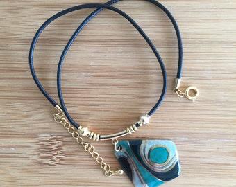 Enamel pendant necklace (r-003)