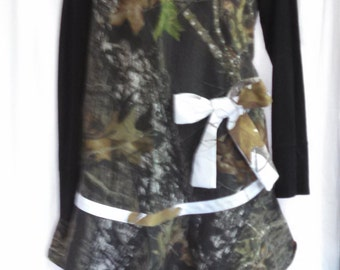Real Tree design camouflage apron