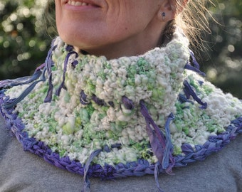 """Lavender field"" cowl with handspun yarn"