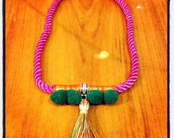 Ethnic necklace made to original mano.diseno.
