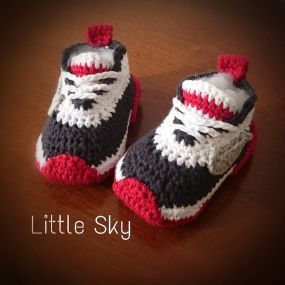 Crochet Patterns For Children s Shoes : Crochet Nike Baby Shoes Pattern