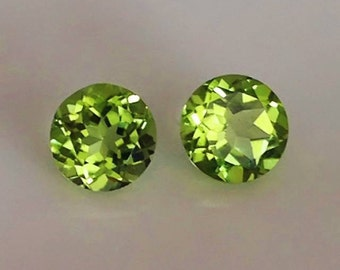 A Pair of Jewellery Grade Peridot Gems 6mm - Ideal for setting