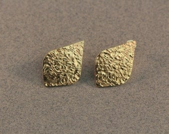 Etched Golden Diamond Earrings