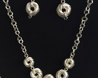 Silver Swirl Chainmail Necklace and Earring Set