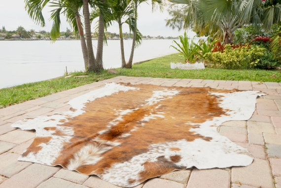 Super Soft Touch Gentle Smooth Hairy Rodeo Cowhide Rug