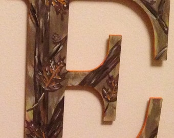 hand painted customized camo lettering