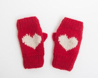 Heart Motif Handwarmer