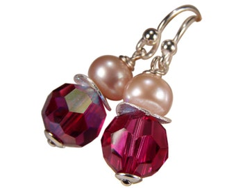 Earring with Crystal and Pearl. Fuchsia. Silver