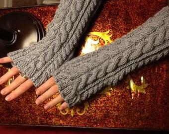 Linda K's Yummy Mummy Wristwarmers
