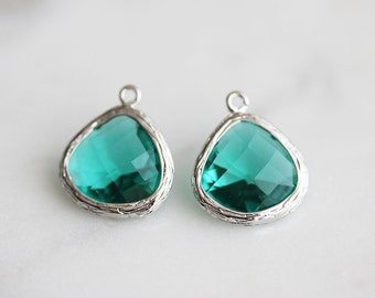 A2-004-R-GR] Green / 13mm / Rhodium plated / Glass Pendant / 2 pieces